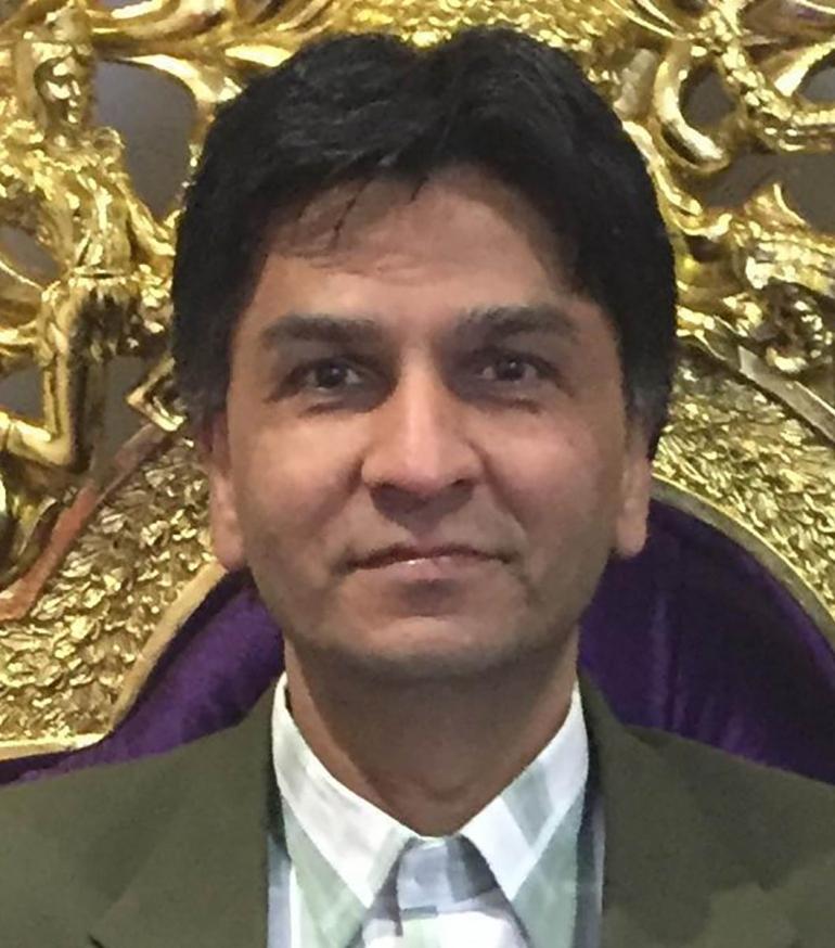 Mr Mukesh Kapashi