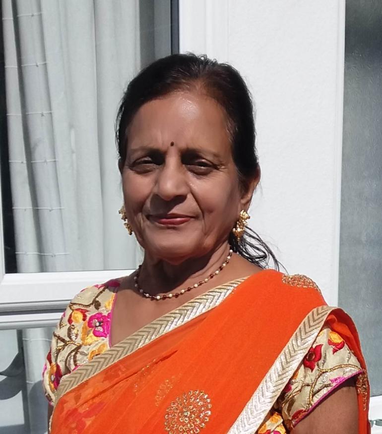 Mrs Sudha Kapashi