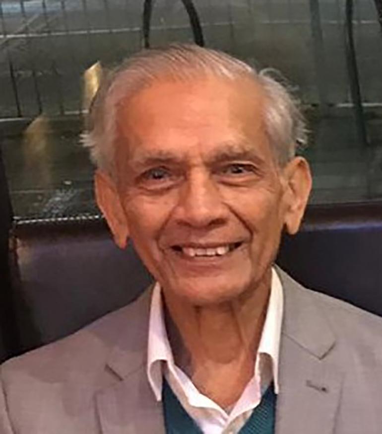 Dr Vinod Kapashi